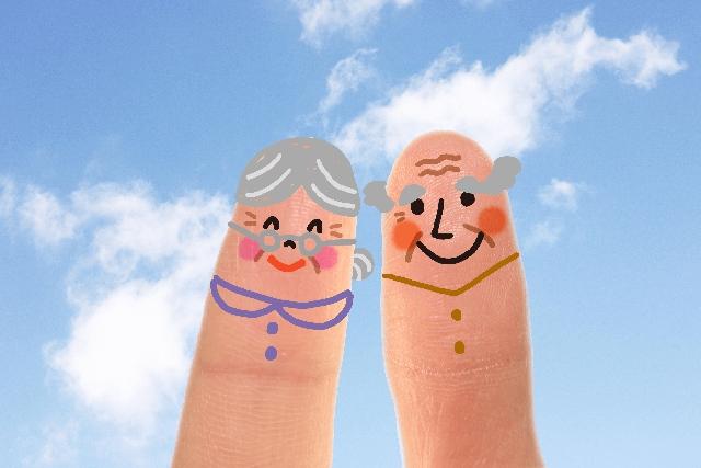 老夫婦指人形