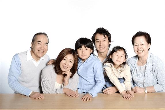 家族6人_R